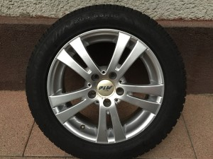 PLW 6,5•16-os 5•112-es ET38-as könnyüfém felni garnitura eladó Dunlop WinterSport 4d 205/55 R16 94H 6-7,8mm-es téligumival. DOT3214. Volkswagen Golf V-VI-VII Jetta, Skoda Octavia, Seat, Audi tipusokra.